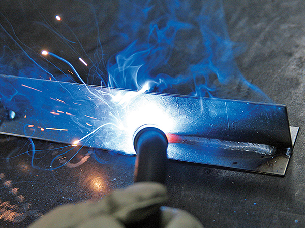 Attrezzi-per-azienda-lavorazione-metalli-parma