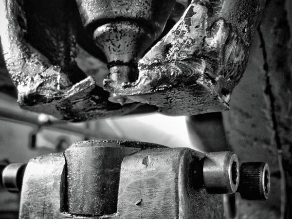 lavori-di-carpenteria-metallica-lavorazione-metallica-in-acciaio-lombardia